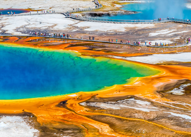 Yellowstone Loop Scenic Road Trip with Bon Voyage