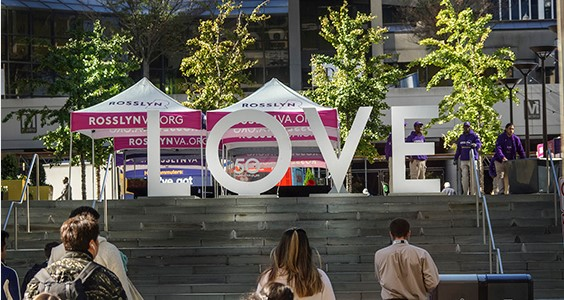 Virginia is for Lovers - by Arlington Convention and Visitors Service